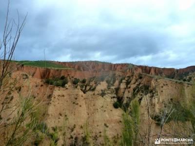 Cárcavas de Patones y Cerro Negro; viajes en grupo para jovenes rutas senderismo gredos sigüenza m